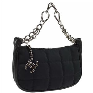 SOLD❌CHANEL Quilted CC Chain Hand Party Bag
